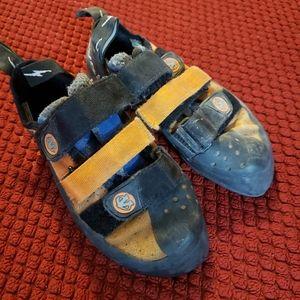 Evolv shaman climbing shoes